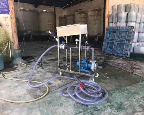 盐酸定量分装25公斤桶设备